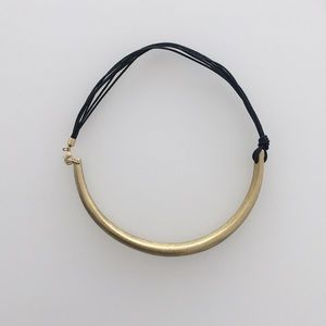Jewelry - Gold and black leather choker